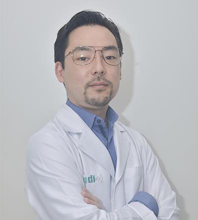 DR. EDUARDO TAKASHI TAKEHARA